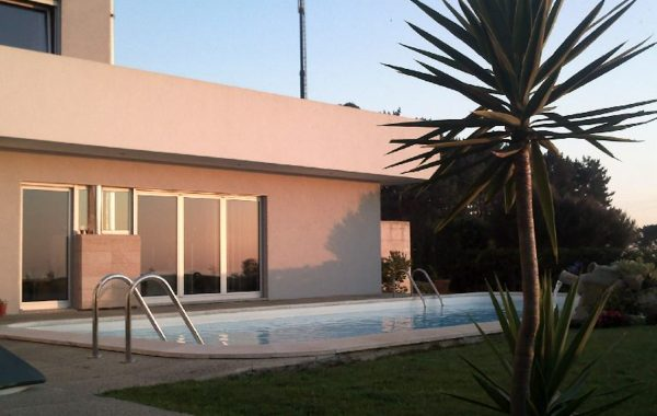 Villa S